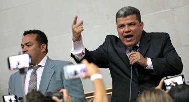 Ông Luis Parra được bầu làm Chủ tịch Quốc hội Venezuela.
