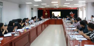 Cuộc họp có sự góp mặt đông đảo của nhiều đơn vị các Bộ, ban, ngành.
