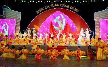 Chương trình nghệ thuật đặc biệt đón giao thừa năm Canh Tý - 2020 tổ chức tại trung tâm thành phố Yên Bái.