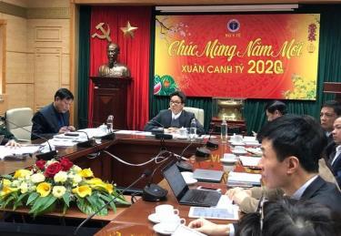 Phó Thủ tướng Vũ Đức Đam chủ trì cuộc họp với Ban chỉ đạo phòng chống dịch bệnh nCov tại Bộ Y tế chiều mùng 2 Tết