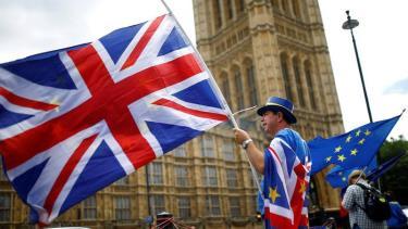 Nghị viện Châu Âu chính thức phê chuẩn Thỏa thuận Brexit.