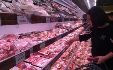 Pork price has reduced VND10,000-20,000 a kilogram, according to the Ministry of Industry and Trade.