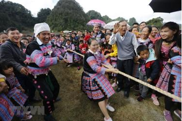 Gau Tao festival is the most important festival for Mong ethnic people. It is held annually in early spring to express gratitude towards gods and to pray for a prosperous and lucky year.