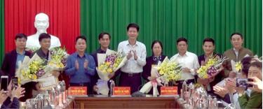 Huyện Trấn Yên vừa khen thưởng các tập thể, cá nhân có thành tích trong thực hiện các mục tiêu kinh tế - xã hội năm 2019.