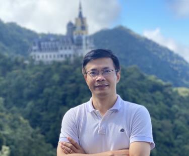 Anh Nguyễn Tiến Nùng trong chuyến du lịch Tam Đảo.