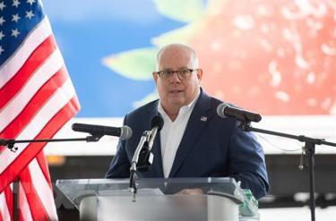 Thống đốc Maryland Larry Hogan.