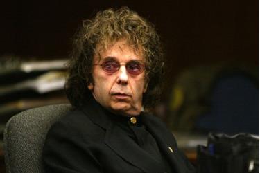 Nhà sản xuất âm nhạc Phil Spector tại phiên tòa năm 2004.