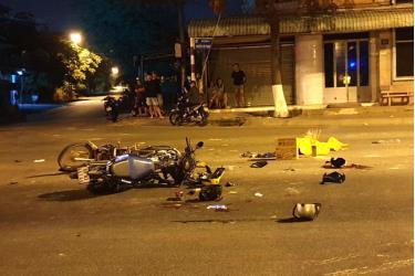 Hiện trường vụ tai nạn khiến 5 người thương vong.