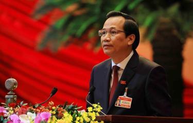 Đồng chí Đào Ngọc Dung, Ủy viên Trung ương Đảng, Bộ trưởng Bộ Lao động-Thương binh và Xã hội trình bày tham luận.