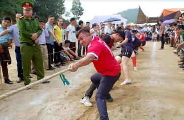 Những trò chơi dân gian trong các lễ hội mùa xuân tạo không khí vui vẻ, gắn kết cộng đồng.