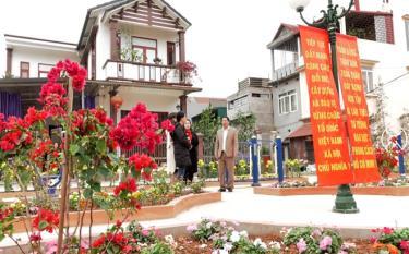 """Công trình """"Tiểu công viên kết hợp khu vui chơi thể dục thể thao phường Nguyễn Phúc, thành phố Yên Bái gắn với tuyến đường văn minh, sáng, xanh, sạch, đẹp"""" vừa đưa vào sử dụng."""
