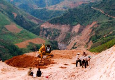 Công trình Thủy điện Nậm Đông III trong ngày đầu thi công.