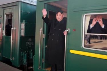 Chủ tịch Triều Tiên Kim Jong Un rời Bình Nhưỡng bằng tàu để tới Hà Nội, Việt Nam tham dự Thượng đỉnh Mỹ - Triều lần 2 ngày 23/2.