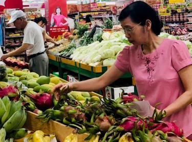 Thanh long là một trong những mặt hàng gặp nhiều khó khăn trong việc tiêu thụ do ảnh hưởng bởi Covid-19