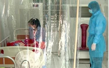 Bé 3 tháng tuổi mắc Covid-19 trước đó được điều trị tại Phòng khám đa khoa Quang Hà, Vĩnh Phúc.