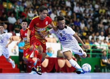 Đội Thái Sơn Nam (trắng) tại mùa giải 2019.