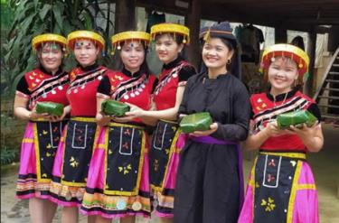 Các địa phương trên địa bàn huyện Yên Bình ra mắt câu lạc bộ văn hóa, văn nghệ dân gian.