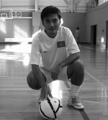 Huỳnh Bá Tuấn trong màu áo đội tuyển futsal Việt Nam lúc sinh thời.