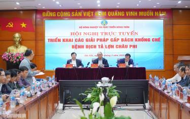 Thủ tướng Nguyễn Xuân Phúc chủ trì Hội nghị trực tuyến triển khai các giải pháp cấp bách khống chế bệnh dịch tả lợn châu Phi.