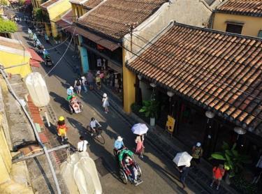 A Hoi An street