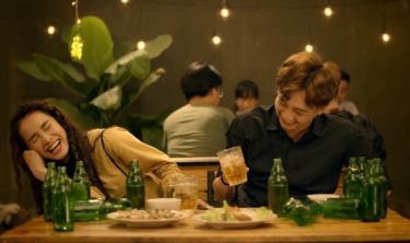 Những cảnh diễn viên uống rượu, bia sẽ bị hạn chế hơn trong các tác phẩm sân khấu, điện ảnh, truyền hình.