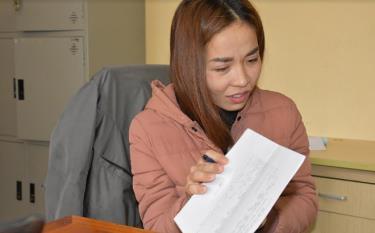 Đối tượng Phạm Thị Hòa tại cơ quan điều tra.