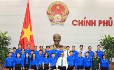 Thủ tướng Nguyễn Xuân Phúc với cán bộ Trung ương Đoàn TNCS HCM. (Ảnh minh họa)