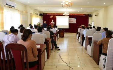 Cán bộ y tế 7 tỉnh phía Bắc tham dự lớp tập huấn