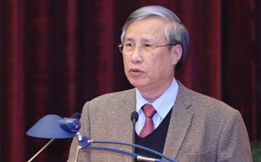 Thường trực Ban Bí thư ký ban hành hướng dẫn Quy chế bầu cử trong Đảng Thường trực Ban Bí thư Trần Quốc Vượng.
