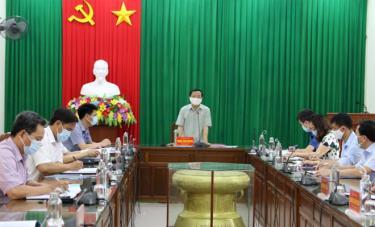 Đồng chí Hoàng Xuân Nguyên – Trưởng ban Dân vận Tỉnh uỷ phát biểu kết luận buổi làm việc.