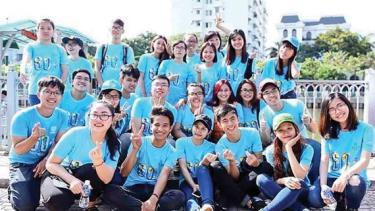 Nhiệt huyết yêu môi trường của hàng ngàn bạn trẻ được duy trì qua nhiều Chiến dịch Giờ Trái đất và đang được phát huy mạnh mẽ trong năm 2020.