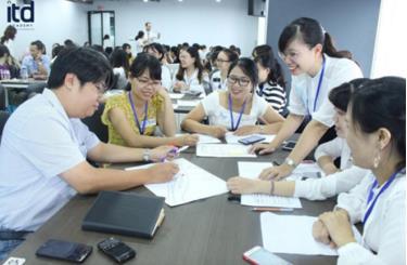 Chương trình được đào tạo theo cả hình thức trực tuyến và thực hành giảng dạy trực tiếp