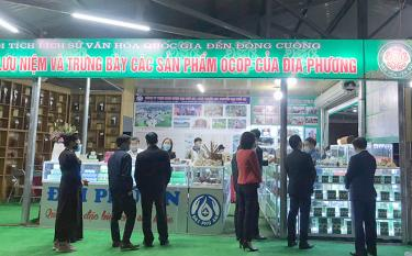 The newly-launched stall of OCOP products catches visitors' eyes.
