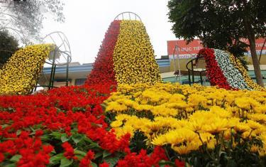 Trung tâm thành phố tỉnh lỵ  Yên Bái được quy hoạch, đầu tư mang một diện mạo mới. (Ảnh: Hoàng Đô)