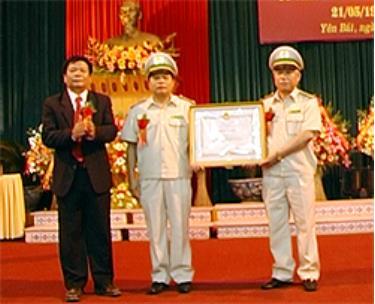 Nhiều tập thể và cá nhân lự lượng kiểm lâm Yên Bái được nhận bằng khen của Thủ tướng Chính phủ, Bộ trưởng Bộ NN&PTNT.