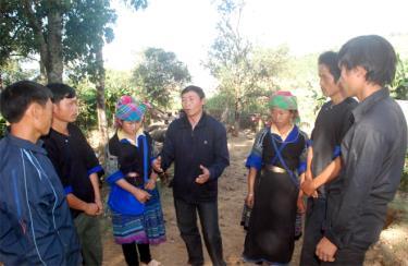 """Thành viên MTTQ huyện Mù Cang Chải luôn là cầu nối quan trọng, góp phần đẩy mạnh việc """"Học tập và làm theo tư tưởng, đạo đức, phong cách Hồ Chí Minh"""" trong nhân dân."""