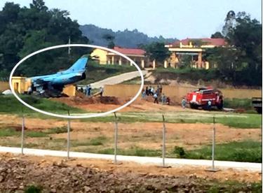 Hiện trường nơi chiếc máy bay gặp nạn. (Ảnh: Quyết Thắng)