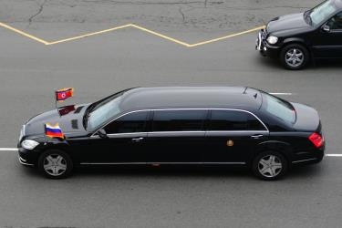 Phiên bản W221 Mercedes-Benz S600 Pullman Guard ra mắt vào năm 2008.