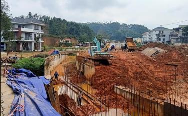 Một công trình trọng điểm của tỉnh đang đẩy nhanh tiến độ thi công.