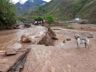Xã Mù Sang, huyện Phong Thổ (Lai Châu) tan hoang sau lũ.