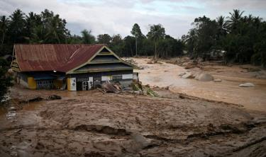 Lũ quét xảy ra tại đảo Sulawesi (Indonesia) ngày 14-7-2020. Ảnh minh họa