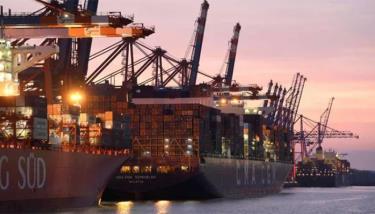 Sự cố kênh đào Suez tác động nghiêm trọng tới ngành vận tải biển toàn cầu.