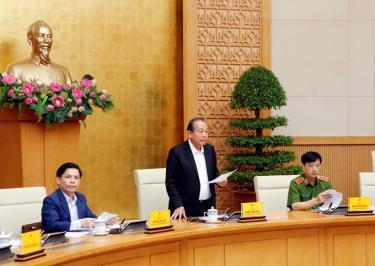 Phó Thủ tướng Thường trực Chính phủ Trương Hoà Bình chủ trì Hội nghị.