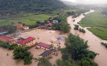 Trung tâm xã Lâm Thượng bị ngập sáng 14/9/2020 do mưa lớn kéo dài.