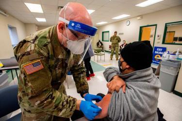 50% người dân Mỹ sẽ được tiêm phòng vắc xin ngừa Covid-19 vào cuối tuần này.