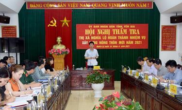 Đồng chí Nguyễn Thế Phước - Phó Chủ tịch Thường trực UBND tỉnh chủ trì Hội nghị.
