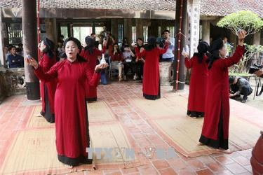 Chương trình 'Hát Xoan làng cổ' - Sản phẩm du lịch đặc trưng tại Giỗ Tổ Hùng Vương 2021. Ảnh minh họa