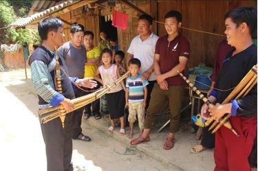 Huyện Mù Cang Chải đã thành lập và duy trì hoạt động của các đội văn nghệ quần chúng, văn nghệ bản sắc tại 14/14 xã, thị trấn.