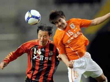 Ông Kim Han-yoon (số 14) dẫn dắt U23 Việt Nam trong thời gian HLV Park Hang Seo chỉ đạo ĐT Việt Nam dự King's Cup