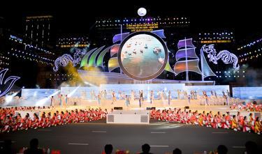 Nhiều tiết mục nghệ thuật đặc sắc trong đêm khai mạc Năm Du lịch quốc gia 2019 và Festival biển tại Nha Trang.